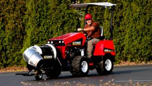 Steiner tractor with turbine blower attachment